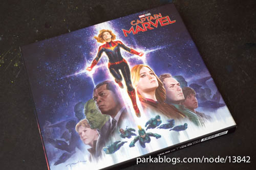 Captain Marvel: The Art of the Movie - 01