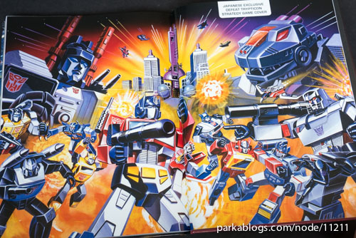 Transformers Legacy: The Art of Transformers Packaging - 18